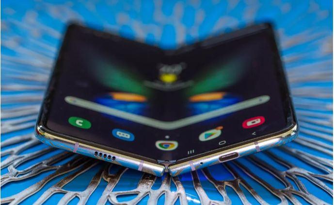 Samsung chưa trang bị chuẩn chống nước và bám bụi bẩn cho Galaxy Fold
